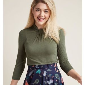 ModCloth 3/4 sleeve top with knotted neck in fern